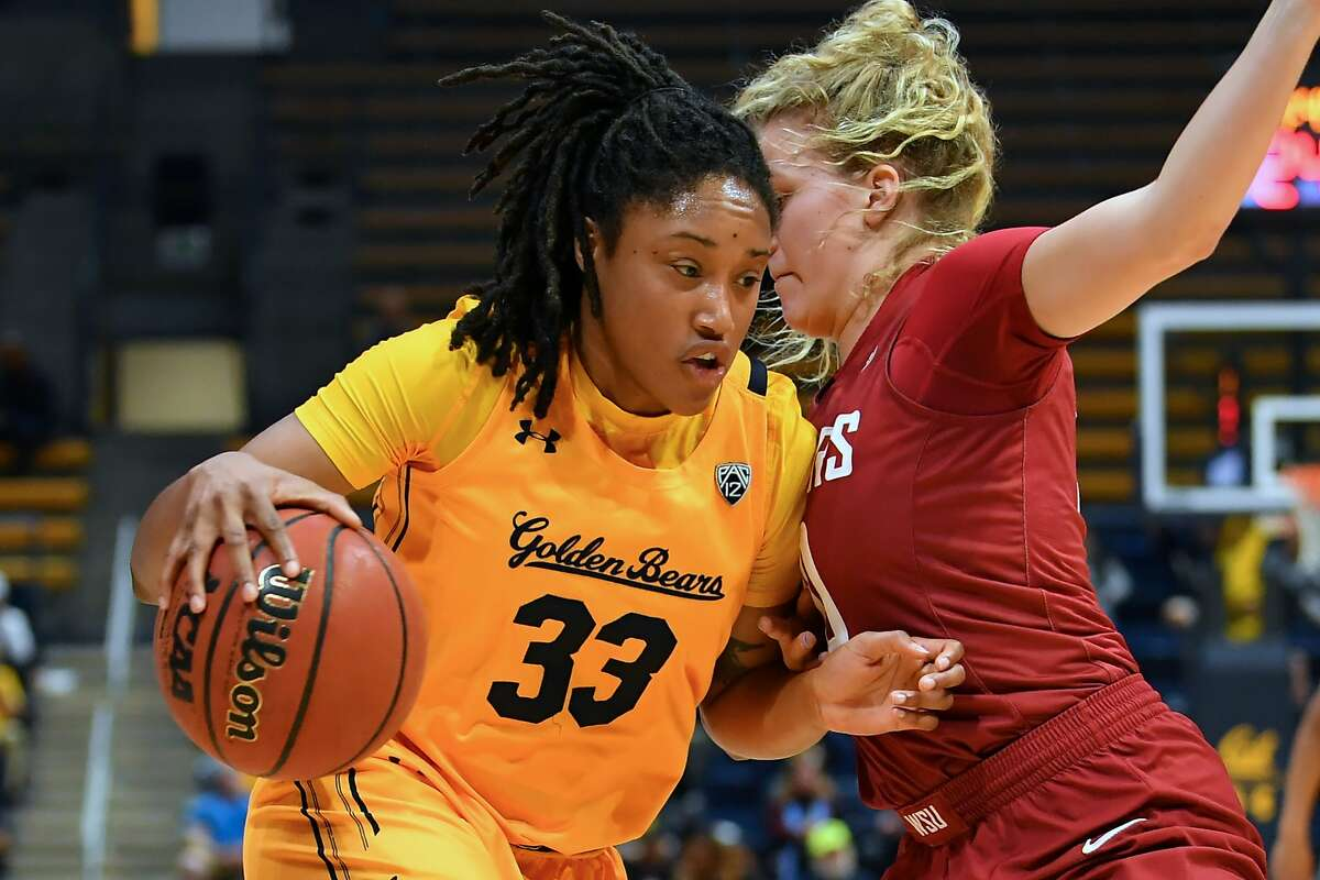 Cal's Jaelyn Brown drives to the basket during Sunday's game against Washington State in Berkeley on Jan. 5, 2020.