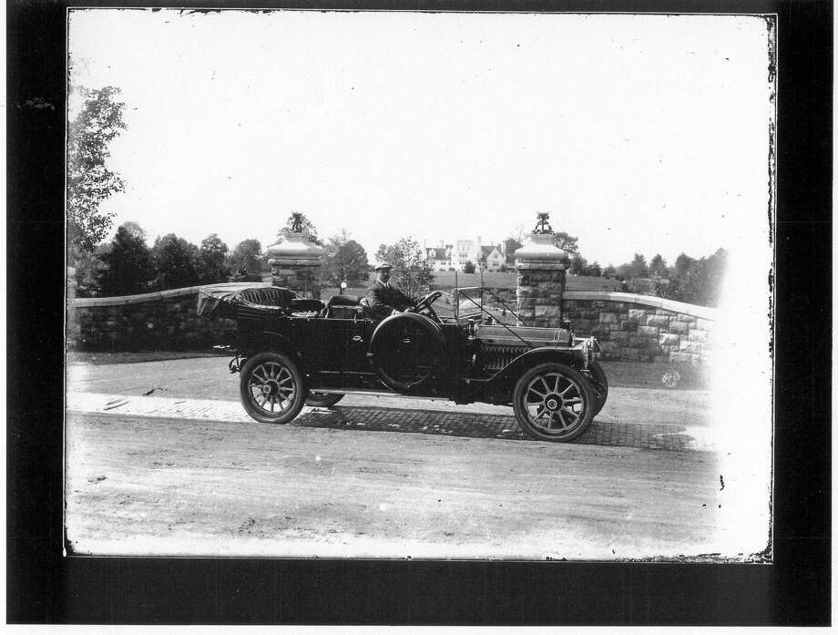 F. E. Lewis in a 1919 Packard. Photo: /