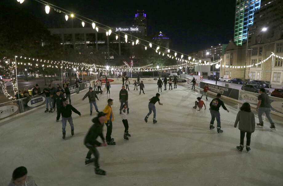 The Rotary Club of San Antonio hopes to bring back its popular ice skating rink to Travis Park in November, during Fiesta, which was postponed due to the coronavirus pandemic. Photo: Kin Man Hui/Staff Photographer