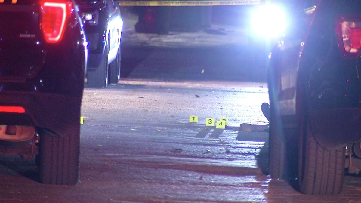 San Antonio police are investigating after a body was found in the parking lot of a Northwest Side apartment complex Tuesday morning.
