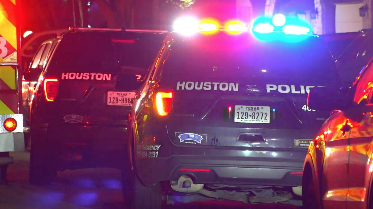 Houston police officers investigate a deadly shooting in the 6300 block of Gladewell Drive on Monday, Jan. 6, 2020.