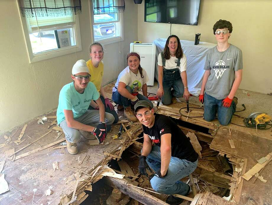 A home-repair team from Jesse Lee ASP breaks through a floor due for replacement while volunteering last summer in Washington County, Tennessee: (clockwise from left) Jeevan Chana, Olivia Nazworth, Julia Palmiotto, Jenny Seal, Will Magee and Ramzey Prentiss. High-school students and adults interested in participating for the first time in Appalachia Service Project this summer can attend a no-obligation informational meeting on Thursday, Jan. 23, at 7:30 p.m. at Jesse Lee Memorial United Methodist Church. Get all the details at www.jesseleeasp.org. Photo: Anna Doman / Contributed Photo