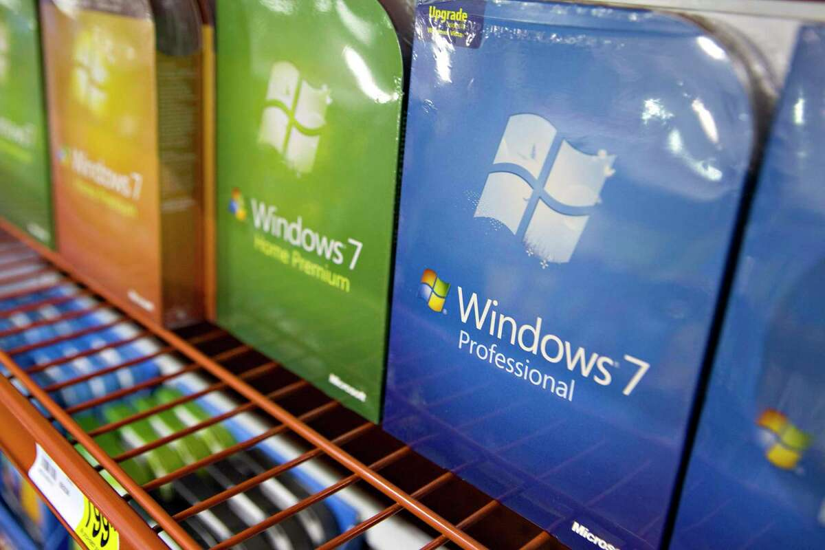 Copies of Microsoft Windows 7 are arranged for a photograph at a Staples store in New York, U.S., on Thursday, Oct. 22, 2009. Support for Windows 7 ends on Jan. 14, 2020.