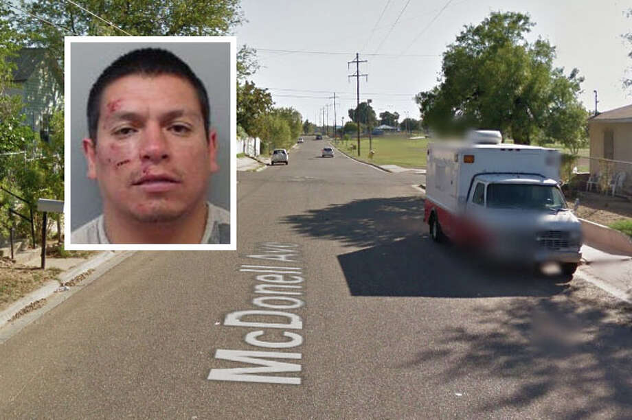 A man landed behind bars for taking a wallet from another person by force, according to Laredo police. Photo: Courtesy