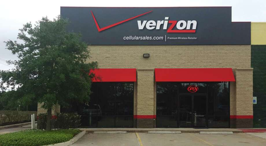 Cellular Sales opened its first store in Pearland Aprill 22 at 1429 E. Broadway St. Photo: Cellular Sales / Cellular Sales