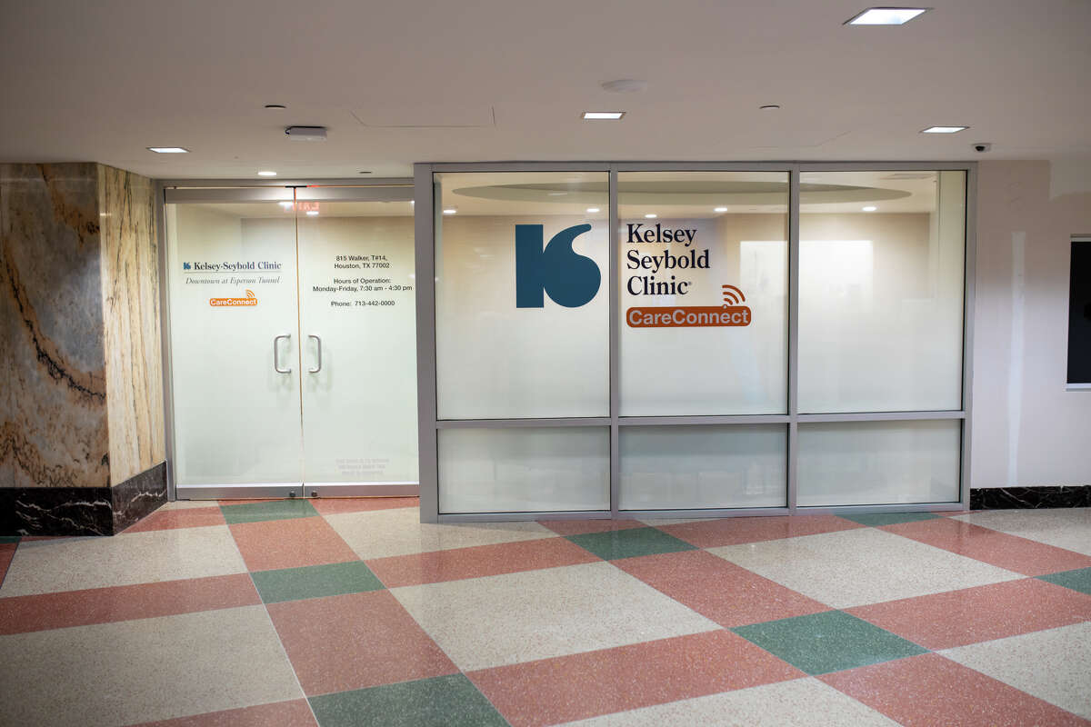 Kelsey-Seybold Clinic opened a new primary care clinic location in the downtown tunnel system, beneath the Niels Esperson and Mellie Esperson buildings.