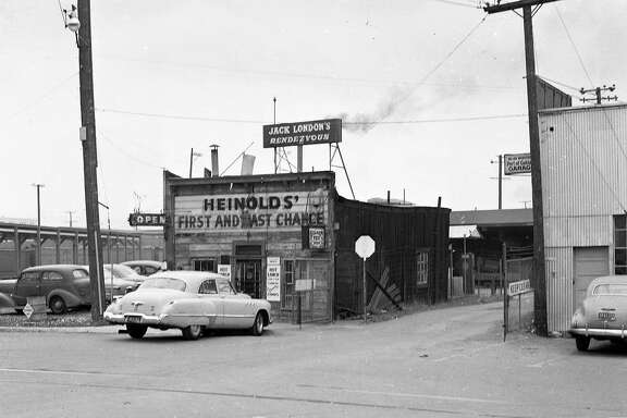 Heinhold's First and Last Chance saloon at Jack London Square, in Oakland, April 24. 1952  Heinhold's First and Last Chance