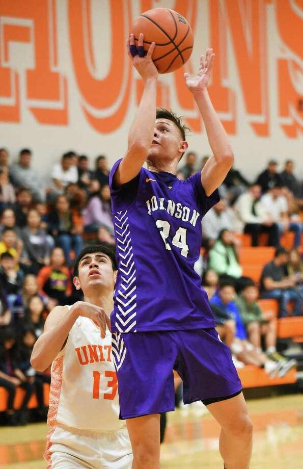 Carlos Angulo Rodriguez and LBJ are 20-10 overall this season. Photo: Danny Zaragoza /Laredo Morning Times