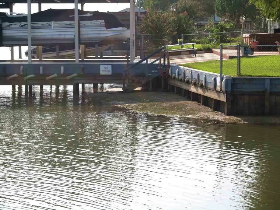 Lower lake levels make for unhappy homeowners, more hazards for boaters, and less water for water supply customers. Photo: Larry J. LeBlanc / Courier Outdoors Writer