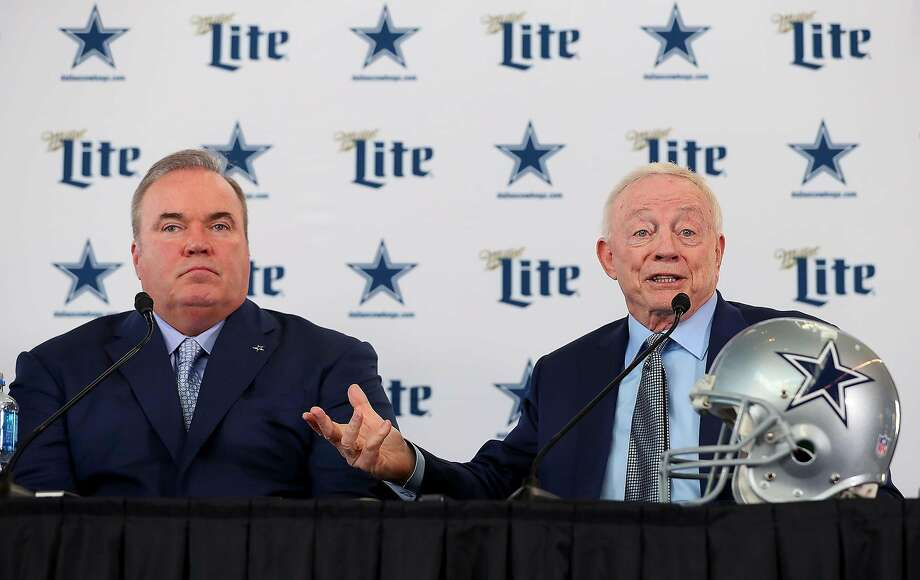 Dallas Cowboys head coach Mike McCarthy, left, and owner Jerry Jones talk with the media during a news conference at the Ford Center at The Star in Frisco, Texas, on Wednesday, Jan. 8, 2020 . (Tom Pennington/Getty Images/TNS) Photo: Tom Pennington / TNS