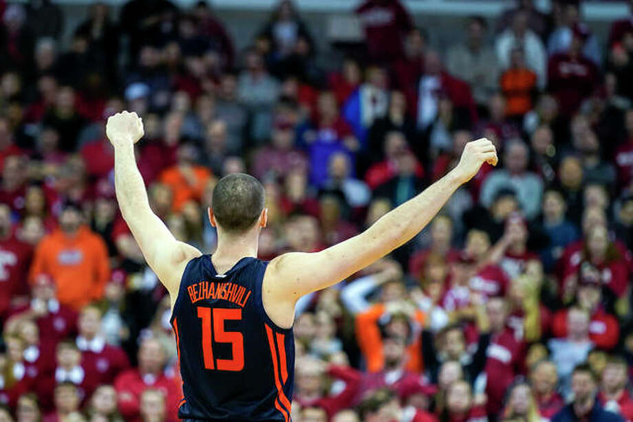 Giorgi Bezhanishvili (15) celebrates Illinois' 71-70 win over Wisconsin Wednesday in Madison, Wis.