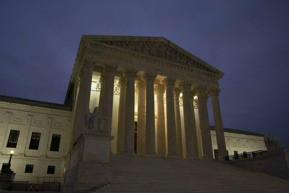 The U.S. Supreme Court building at sunrise in Washington D.C. on Nov. 30, 2019. Photo: Bloomberg Photo By Stefani Reynolds. / © 2019 Bloomberg Finance LP