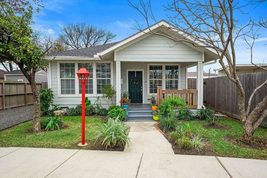 Houston (East End Revitalized): 412 Linwood
