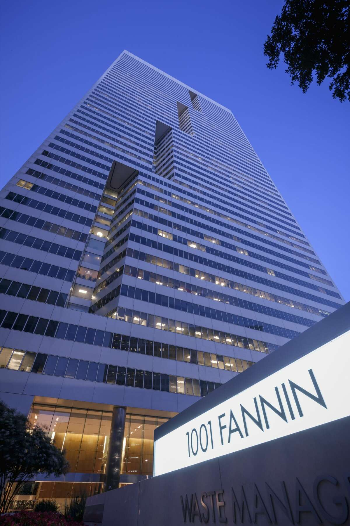 1001 Fannin, a 49-story building in downtown Houston, is undergoing renovations.