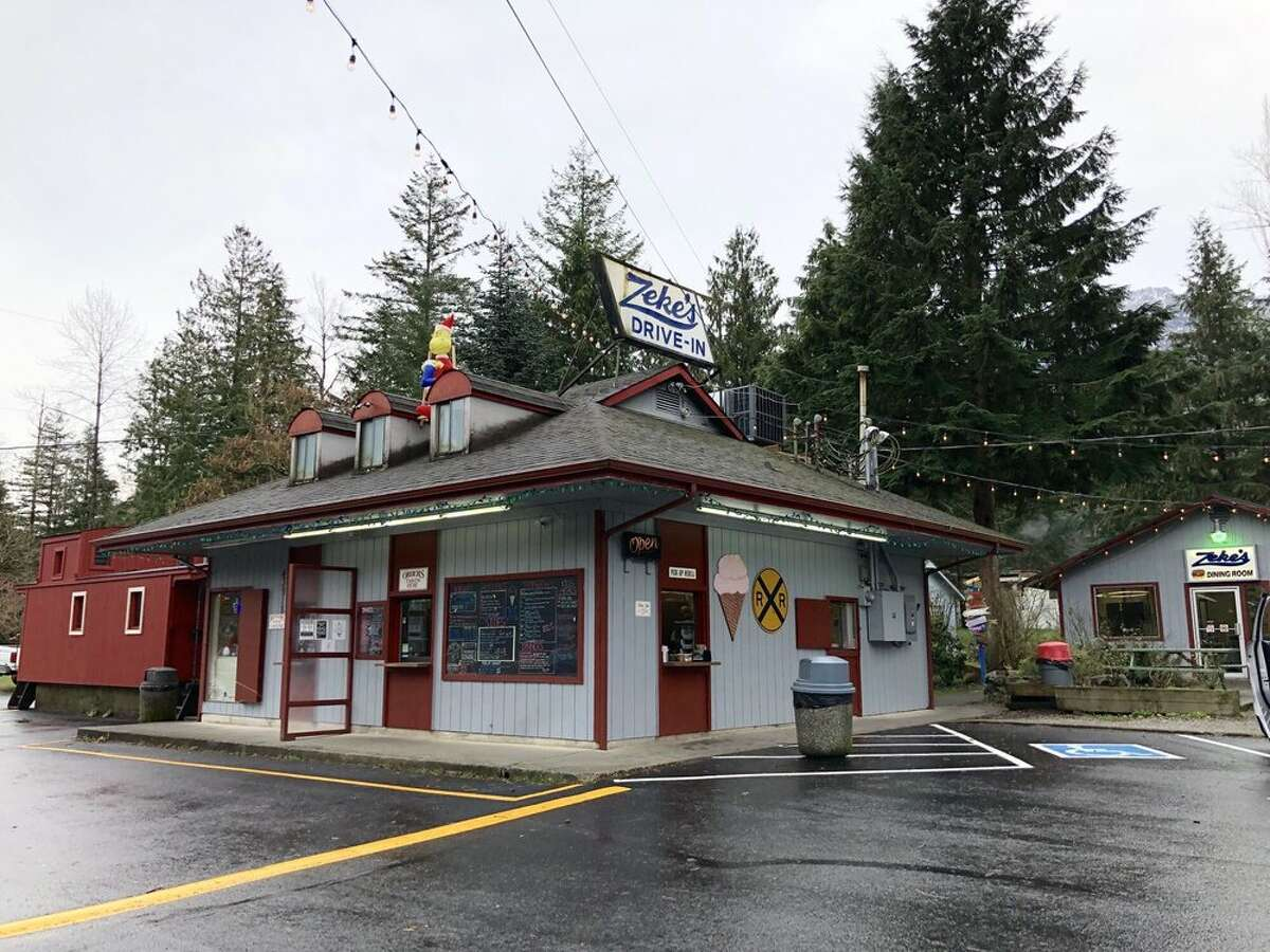 While traveling to Steven's Pass via US-2...We'd like to highlight one lone gem: Zeke's Drive-In. A little over half an hour from the mountain, nosh on burgers, chili dogs, and peanut butter shakes, jump started and famed over 50 years ago.