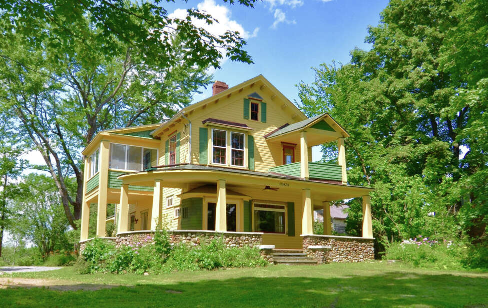 House of the Week: Queen Anne Victorian in Delanson on original victorian farmhouse floor plans, folk victorian farmhouse plans, authentic victorian house plans,