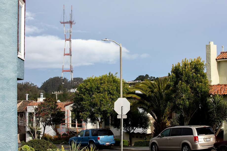 Sutro Tower is looking a bit more unusual these days after an antenna was removed. Photo: Santiago Mejia / The Chronicle
