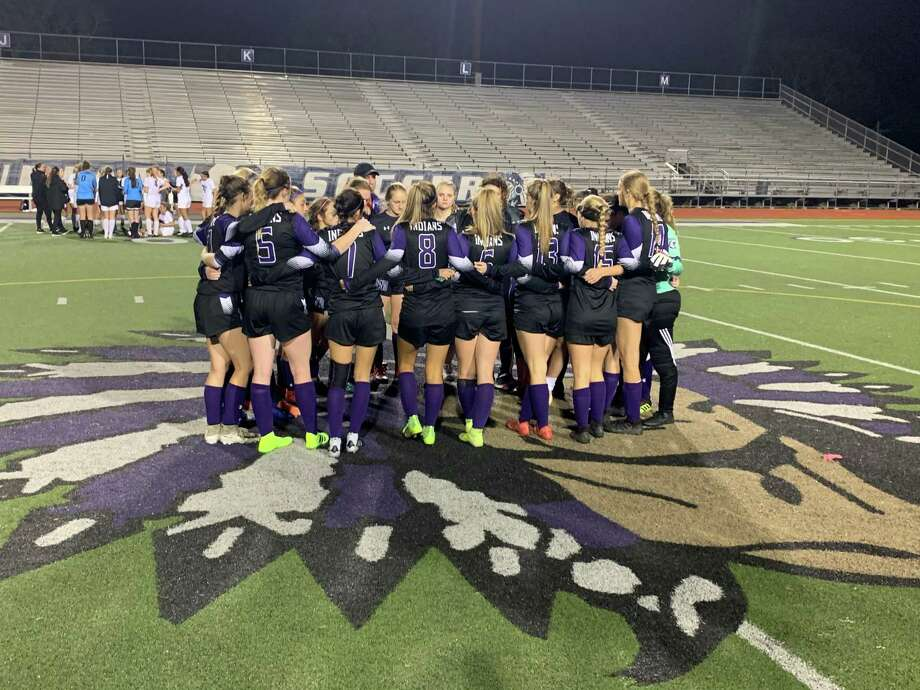 PN-G girls soccer huddle together after its 0-0 tie to Magnolia in the Cajun Classic tournament Photo: Jorge Ramos