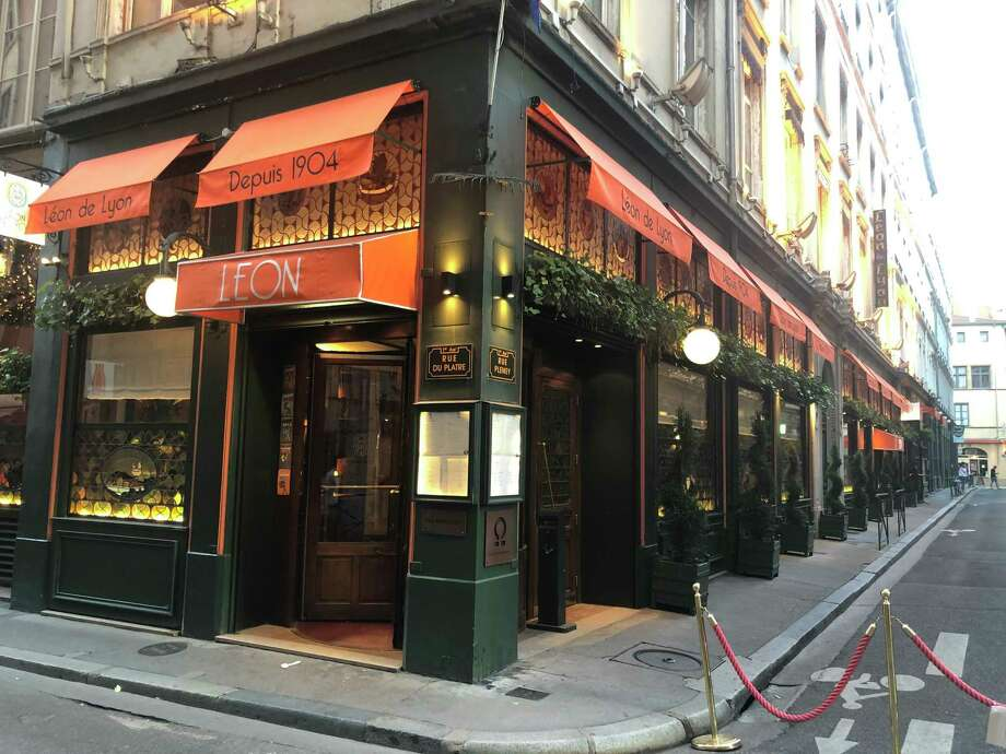 Léon de Lyon - founded in 1904 by Léon Déan, whom esteemed food critic Curnonsky called a king of cooks in his 1935 guidebook - features a casual bistro, a gastronomic restaurant and a cozy contemporary bar. Photo: Washington Post Photo By Sylvie Bigar / Sylvie Bigar for The Washington Post