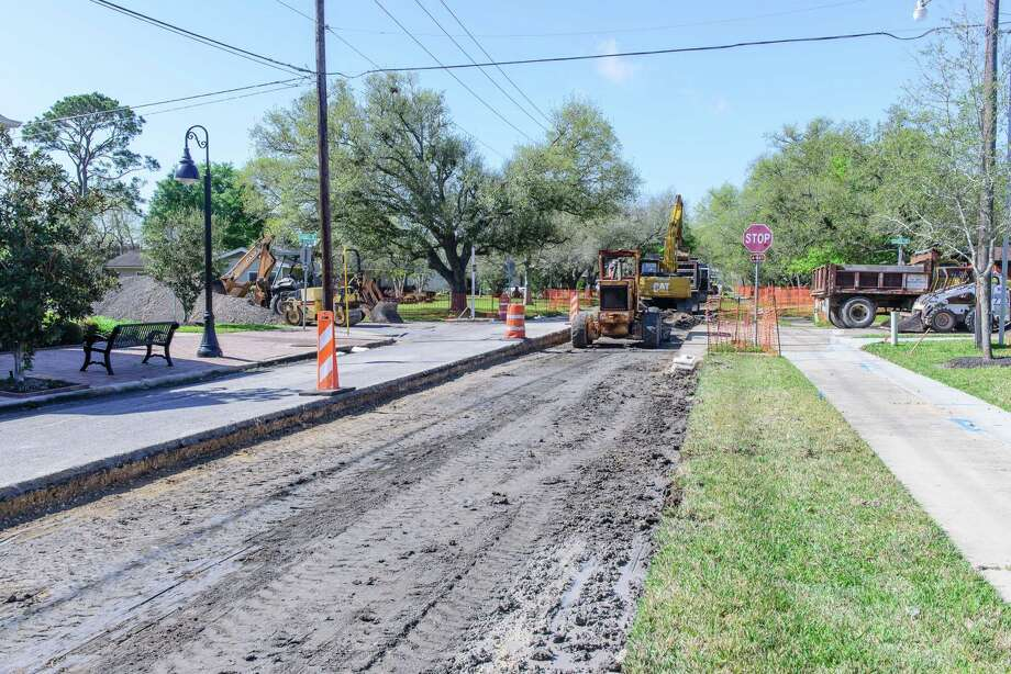 On May 2, Friendswood voters will likely be asked to consider reauthorizing a ⅜-cent sales tax to funds street maintenance. The tax, approved by voters in 2016, must be reapproved every four years according to state law. Photo: ©Kim Christensen, Photographer / ©Kim Christensen / ©Kim Christensen