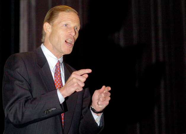 Connecticut State Attorney General, Richard Blumenthal speaks in Fairfield on Nov. 16th, 2005. Photo: File Photo / Connecticut Post File Photo