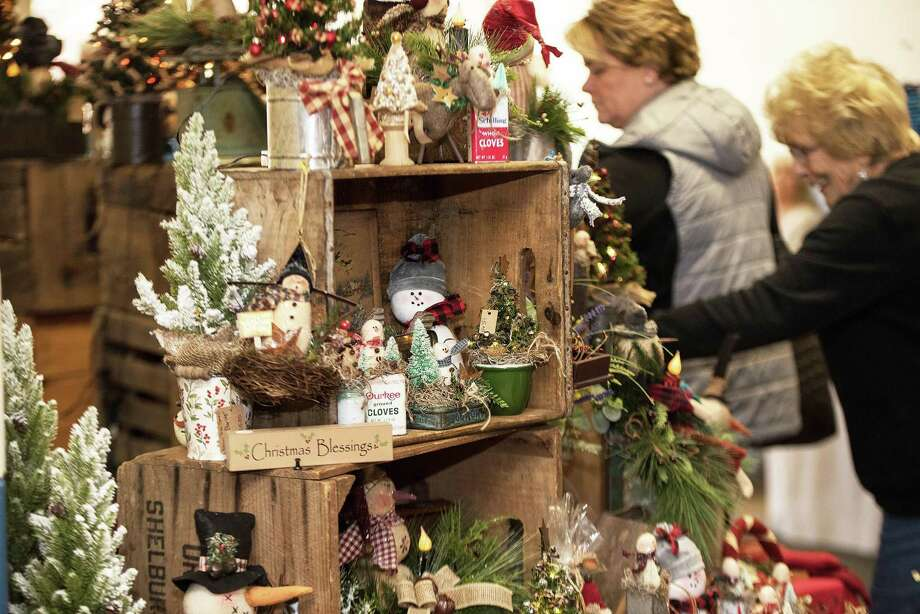 There were plenty of gift options at The Ridgefield Woman's Club Craft Fair on Saturday 23, November 2019 in Ridgefield, Conn. There were plenty of holiday gift ideas at The Ridgefield Woman's Club Craft Fair on Saturday 23, November 2019 in Ridgefield, Conn. Photo: Bryan Haeffele / Hearst Connecticut Media / Hearst Connecticut Media