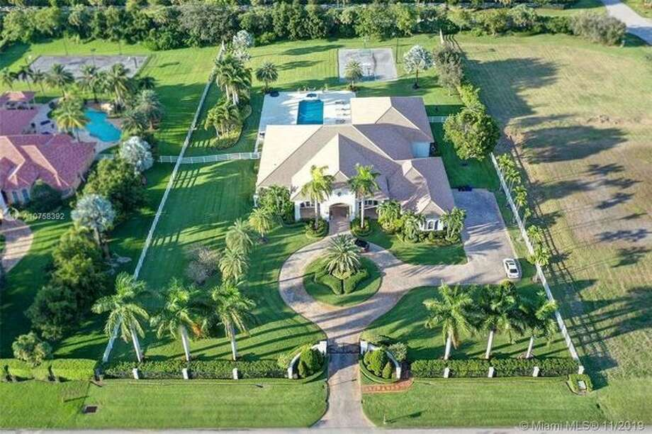 Aerial of Rudy Gay's Florida estate. Last fall, San Antonio Spurs forward Rudy Gay placed his luxurious Southwest Ranches, FL, home on the market for $3,475,000. Photo: REALTOR.com