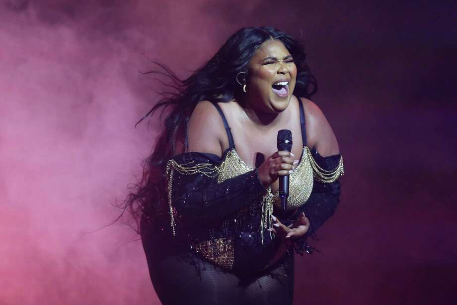 Lizzo fans were quick to defend Lizzo after trainer Jillian Michaels comments about celebrating her music rather than her body. Photo: Don Arnold, Stringer / Getty Images / 2020 Getty Images