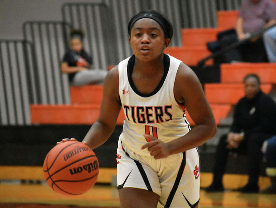 Edwardsville guard Quierra Love led the Tigers with a season-high 20 points in Friday's home win over the O'Fallon Panthers. Photo: Matt Kamp|The Intelligencer