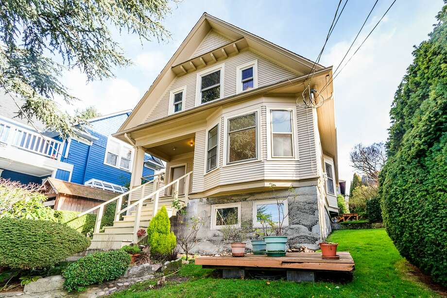 With potential of all kinds, this Fremont duplex asks $750K Photo:  Saladino Photography