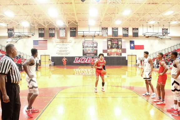 Cy Lakes gave Langham Creek its first loss in District 14-6A 57-43, Jan. 10, at Langham Creek High School.