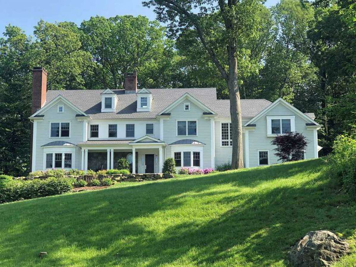 Jennifer Dulos' home at 69 Welles Lane in New Canaan.