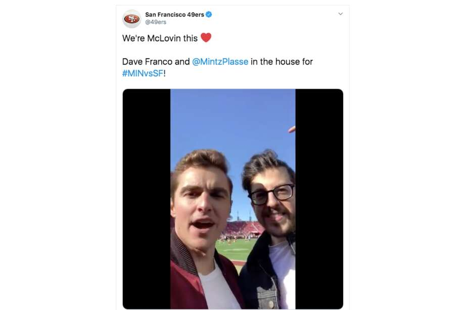 Actors Dave Franco and Christopher Mintz-Plasse attend the NFC Divisional Round Playoff game between the San Francisco 49ers and the Minnesota Vikings at Levi's Stadium on January 11, 2020 in Santa Clara. Photo: Screenshot Via Twitter