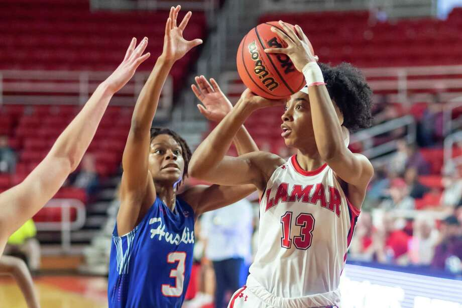 Shedricka Pierson (13) makes a shot in the first half as the Lady Cardinals took on the Huskies of Houston Baptist at the Montagne Center on Saturday, January 11, 2020. Fran Ruchalski/The Enterprise Photo: Fran Ruchalski/The Enterprise / 2019 The Beaumont Enterprise