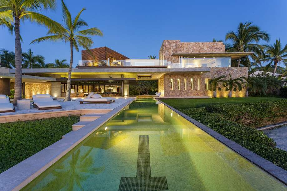 The all-inclusive oceanfront Mexican mansion of wildly successful and innovative tech exec Jon Rubinstein is for sale at $20M Photo: Petr Myska, Petr Myska Photography