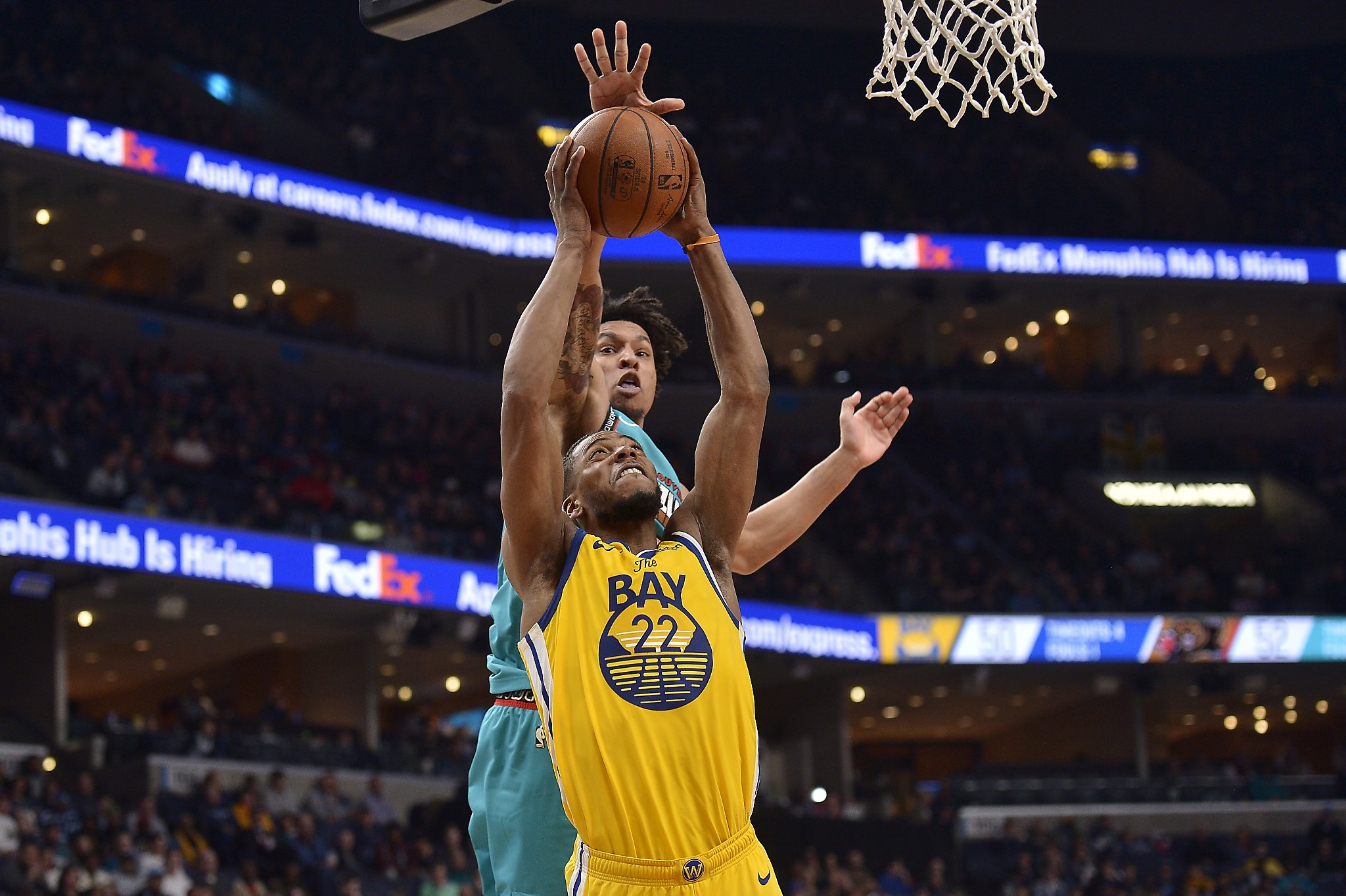 Warriors get blown out by Grizzlies to extend losing streak to eight