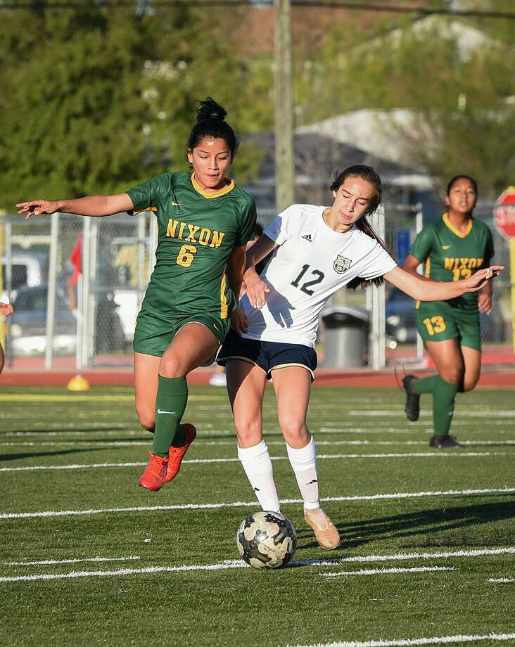 Briana Garcia had one of four goals for Nixon in a 4-0 victory over Uvalde at the San Marcos Tournament. Photo: Danny Zaragoza / Laredo Morning Times