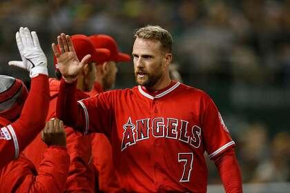 Giants dump Zack Cozart, acquire pitcher Jake Jewell
