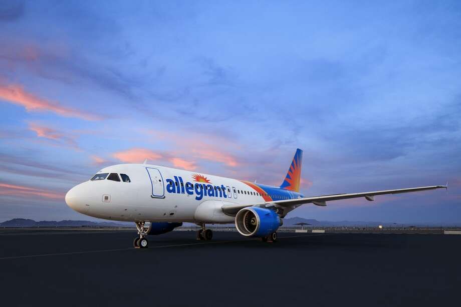 Low-cost airline Allegiant will start flying from Houston's Hobby Airport in late May and early June 2020. Photo: Allegiant