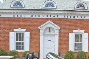 Kent Memorial Library at 32 North Main Street in Kent, Conn.