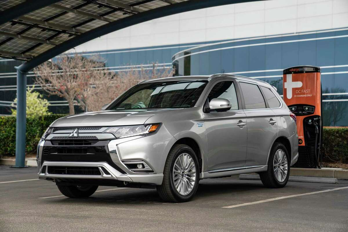 The 2020 Mitsubishi Outlander PHEV features less cargo space due to the lithium ion battery pack.
