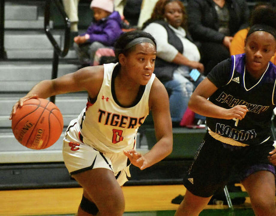 Edwardsville point guard Quierra Love was nominated for the McDonald's All-American Game. Photo: Matt Kamp|The Intelligencer