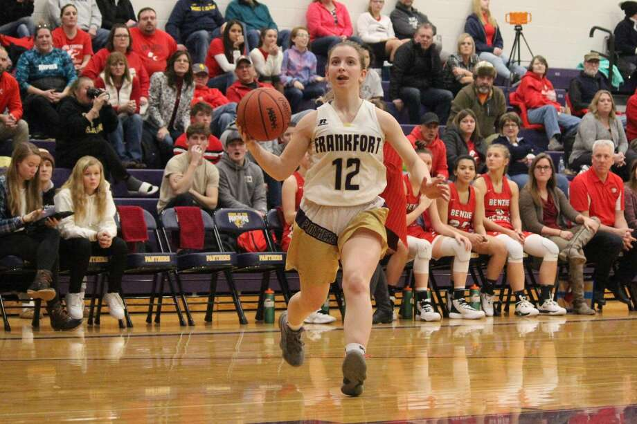 Haley Myers gets a clear run to the basket in transition. Photo: Robert Myers