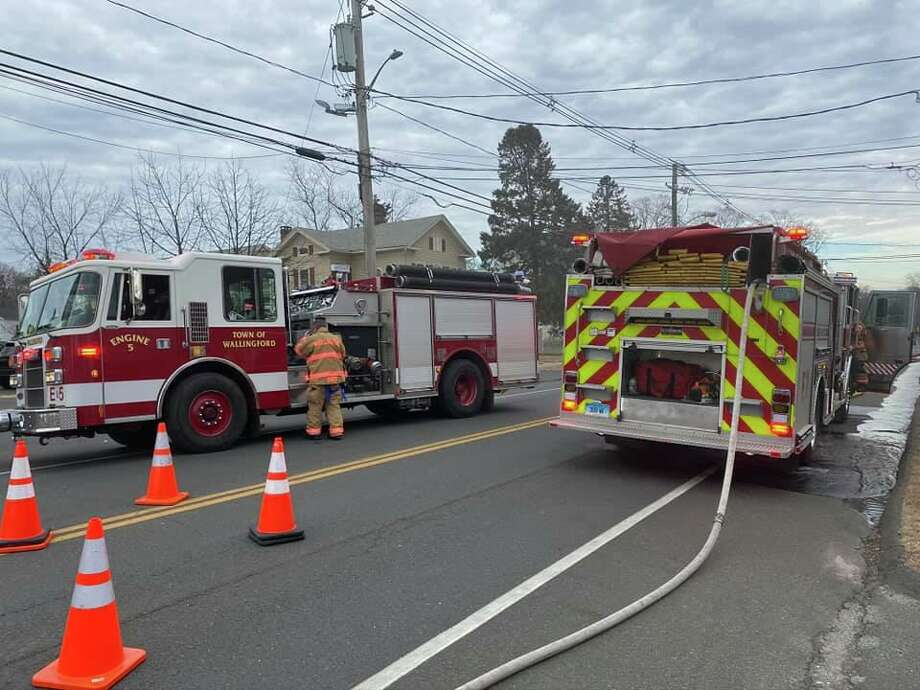 A fire at Yalesville Laundromat on Main Street in Wallingford, Conn., on Tuesday, Jan. 14, 2020. Photo: Contributed Photo / Wallingford Fire Department