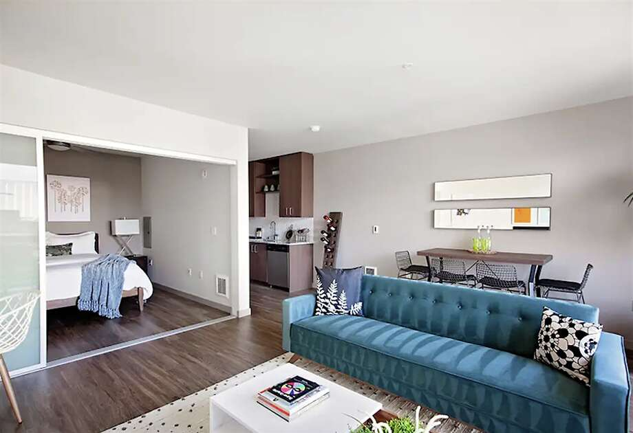 105 Warren Ave. North. | Photo: Apartment Guide