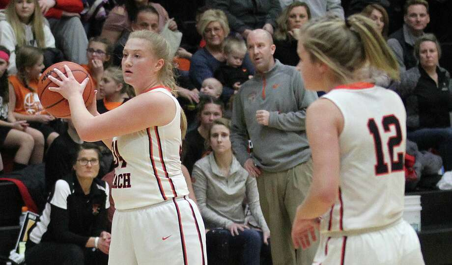 The Harbor Beach girls basketball team obtained its third consecutive win on Thursday night as the Pirates toppled Memphis by a score of 60-21. Photo: Mark Birdsall/Huron Daily Tribune