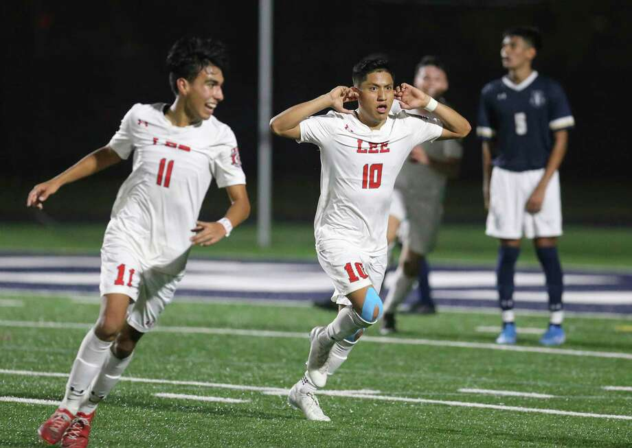 LEE's Wilmar Aguilar (10) reacts after his score against Central Catholic in the second half in boys soccer at Central Catholic on Tuesday, Jan. 14, 2020. Aguilar's score gave LEE the win over Central Catholic, 1-0, in a match between the two top rated high school teams. Photo: Kin Man Hui, San Antonio Express-News / Staff Photographer / **MANDATORY CREDIT FOR PHOTOGRAPHER AND SAN ANTONIO EXPRESS-NEWS/NO SALES/MAGS OUT/ TV OUT