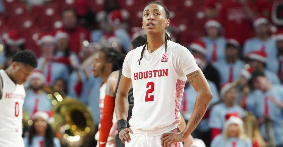 Houston Cougars guard Caleb Mills (2) reacts to the final seconds of the the team's 61-55 loss to Oklahoma State Cowboys at the Fertitta Center on Sunday, Dec. 15, 2019 in Houston. Houston Cougars lost the game 61-55. Photo: Elizabeth Conley/Staff Photographer