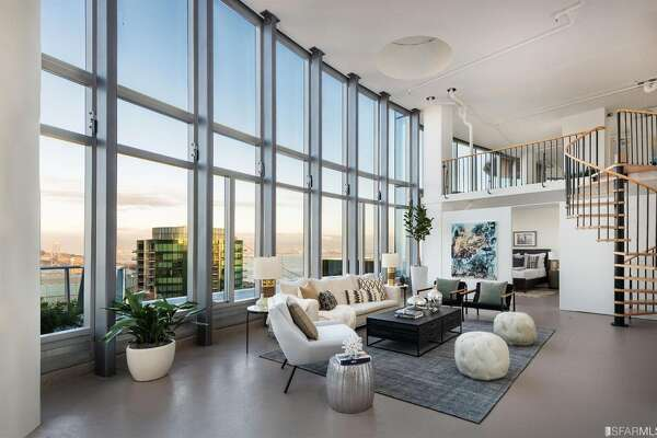"""The nearly $10-million asking price for the penthouse gets buyers the """"shell"""" of a 5,700-square-foot three-bedroom, 3.5-bath condo with incredible 41st and 42nd floor views and three view decks."""