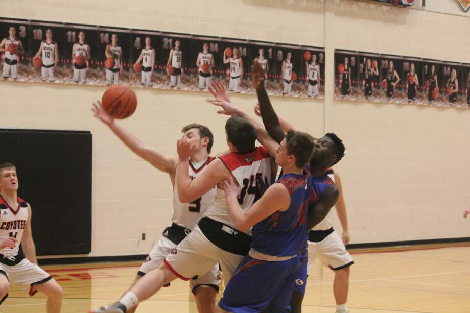 Chippewa Hills won its first game of the season on Tuesday, 40-38, over Reed City. Photo: John Raffel